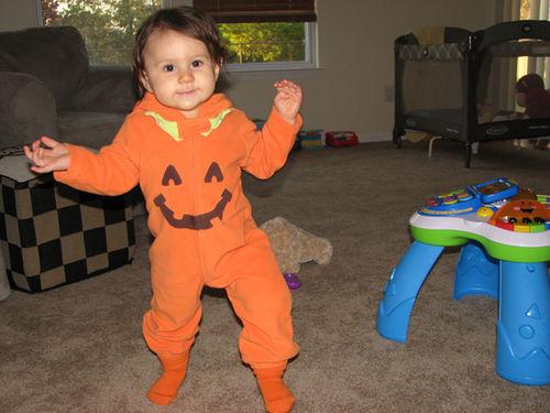 Kara Halloween 08-1