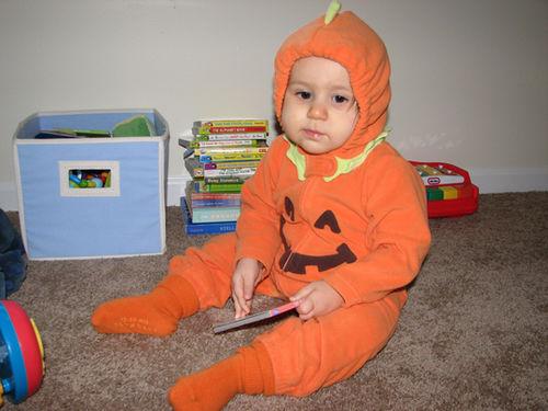 Kara Halloween 08-2