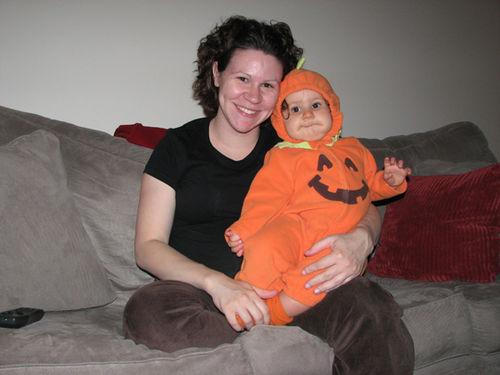 Kara and Momma Halloween 08