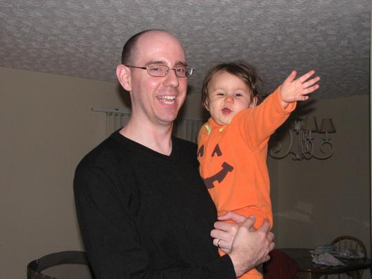 Kara and Daddy Halloween 08