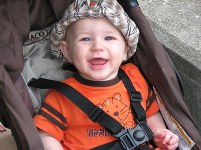 Nathan 7 months zoo