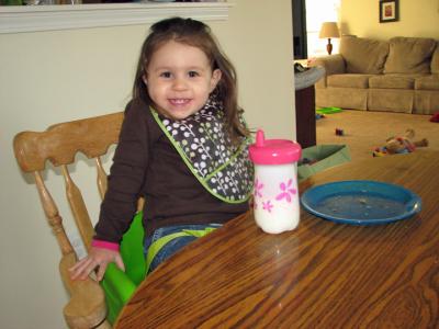 Kara 25 months kitchen table