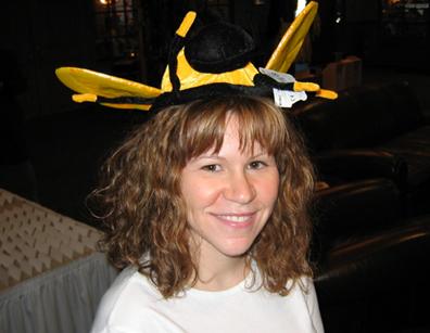 Bee_hat