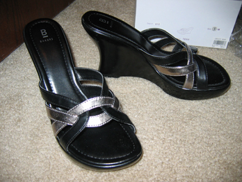Black_silver_wedges