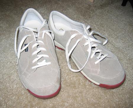 Simple_sneakers